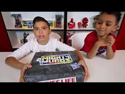 Unboxing Mighty Muggs